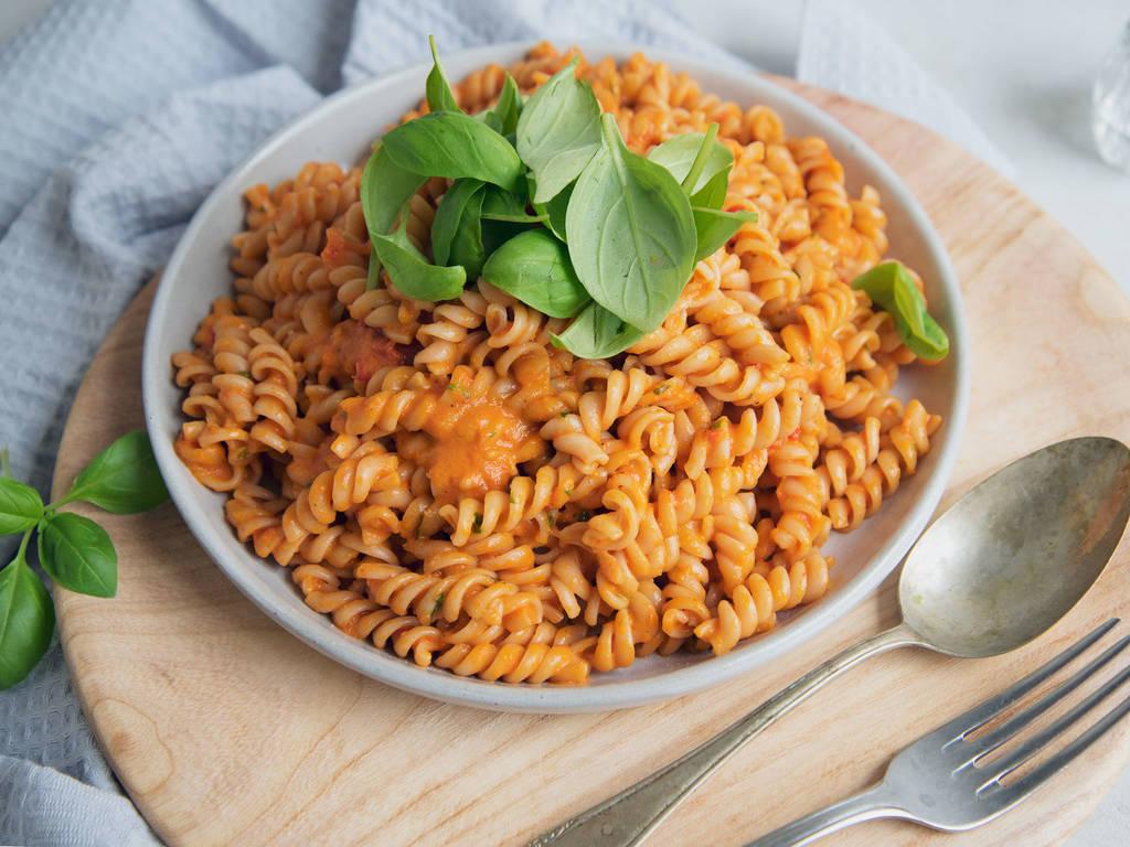 Pasta mit schneller Tomatensoße