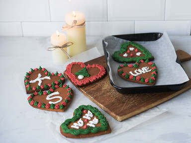 DIY gingerbread hearts