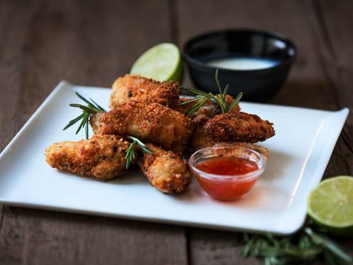 Buttermilk chicken wings