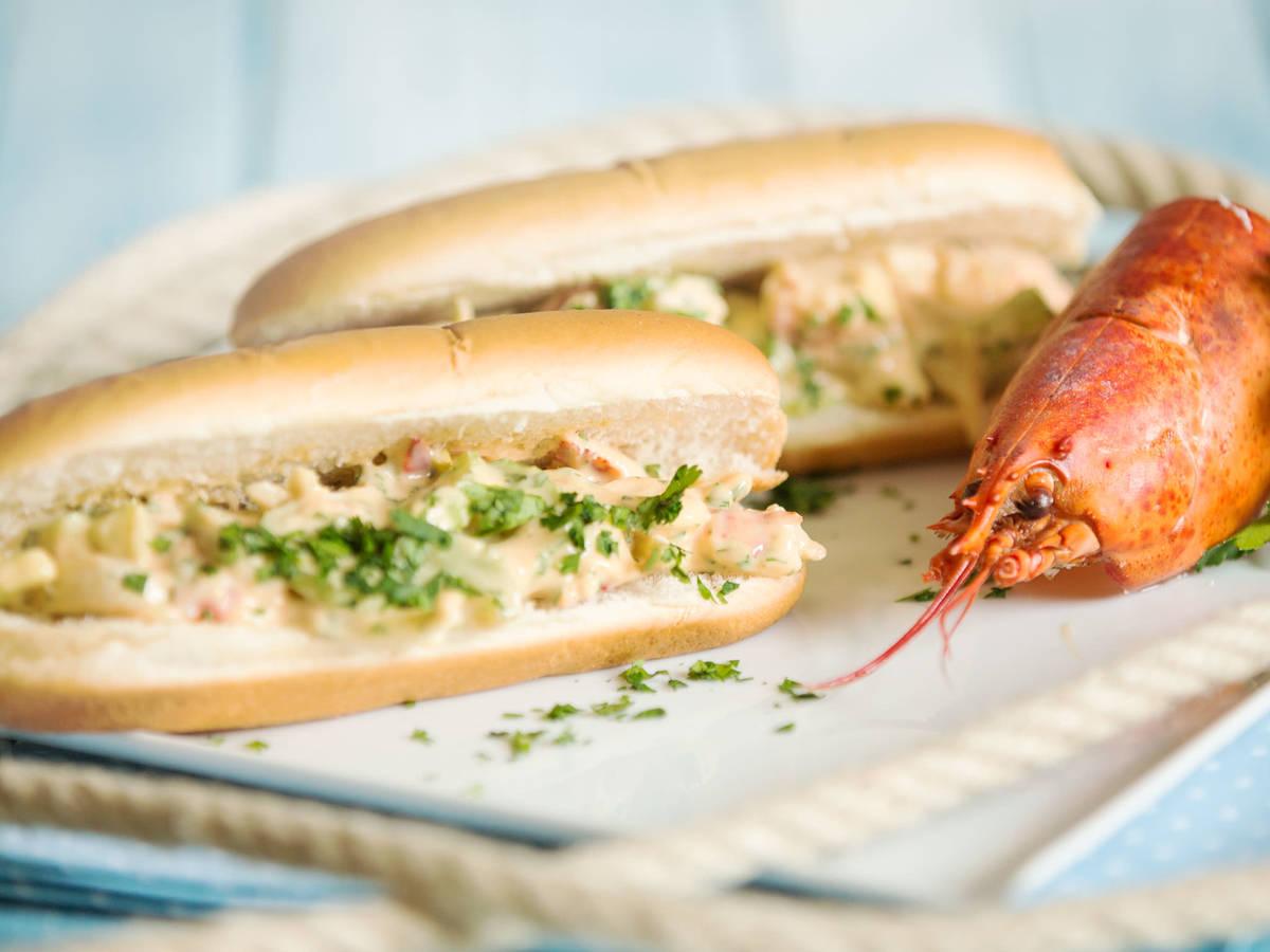 Sandwich mit Hummersalat