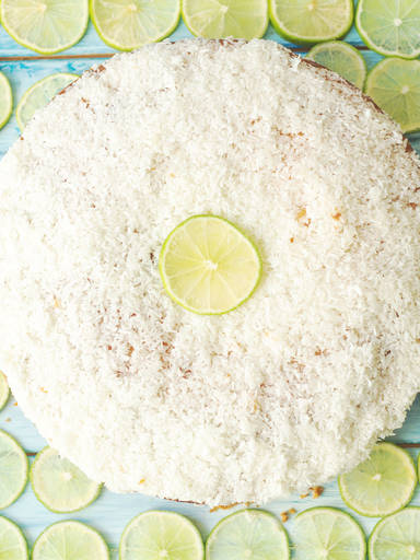 Lime cake with coconut