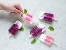 Strawberry and blackberry popsicles
