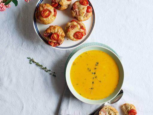 Pumpkin soup with mediterranean muffins