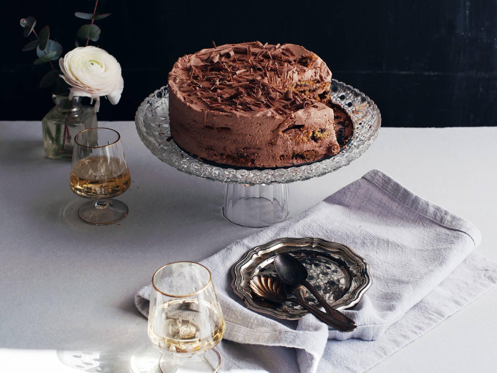 Cookie-Torte mit Espresso-Sahnecreme