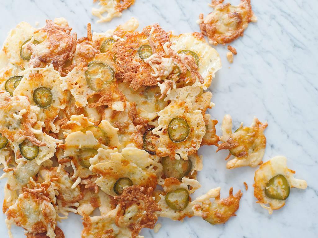 Jalapeño cheese crisps