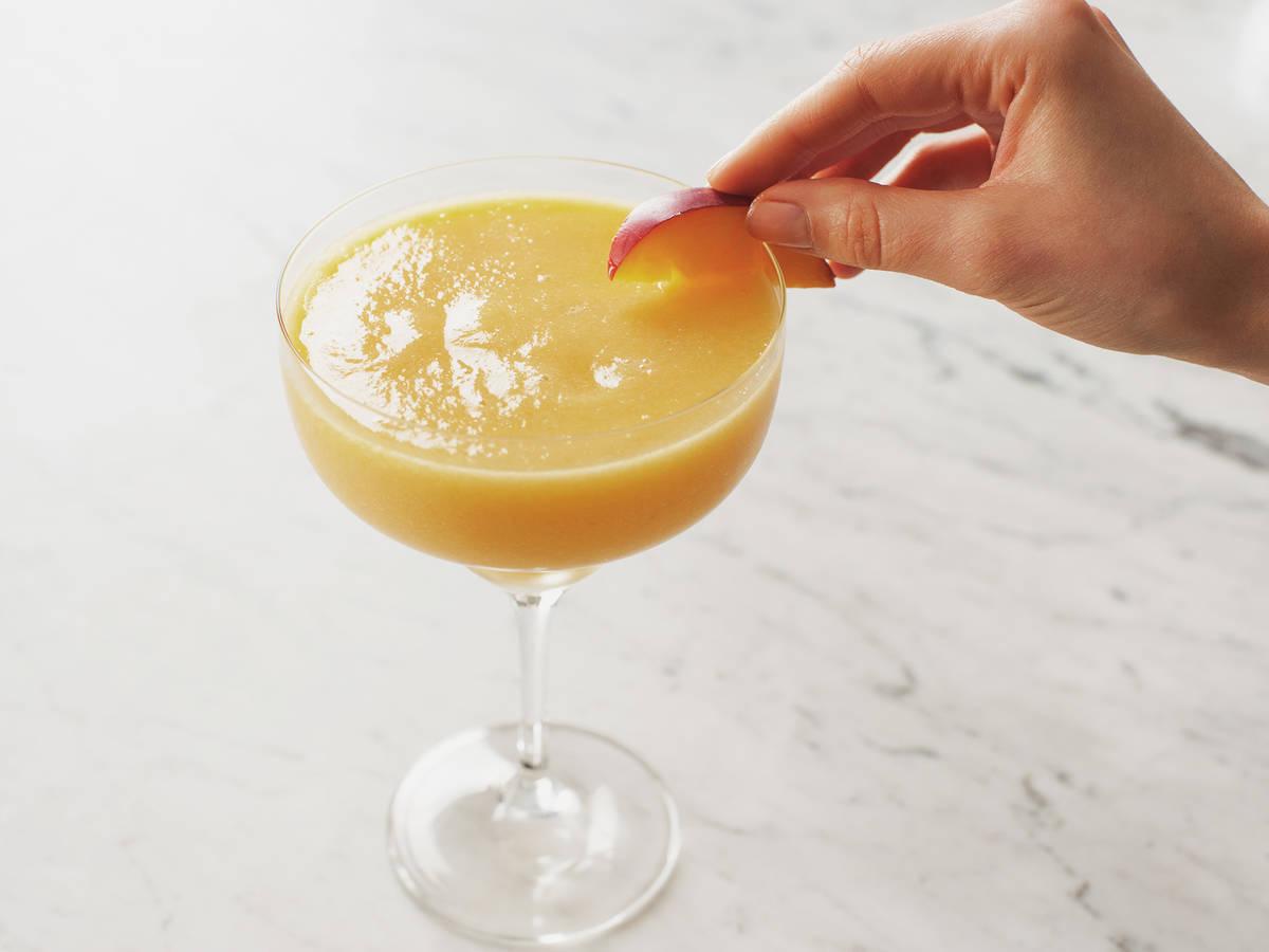 Ananas-Pfirsich-Slushie
