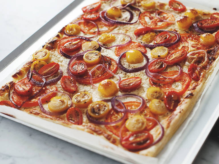 Mixed tomato and goat cheese tart