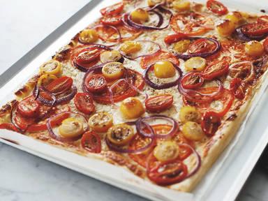 Mixed tomato and goat cheese tart