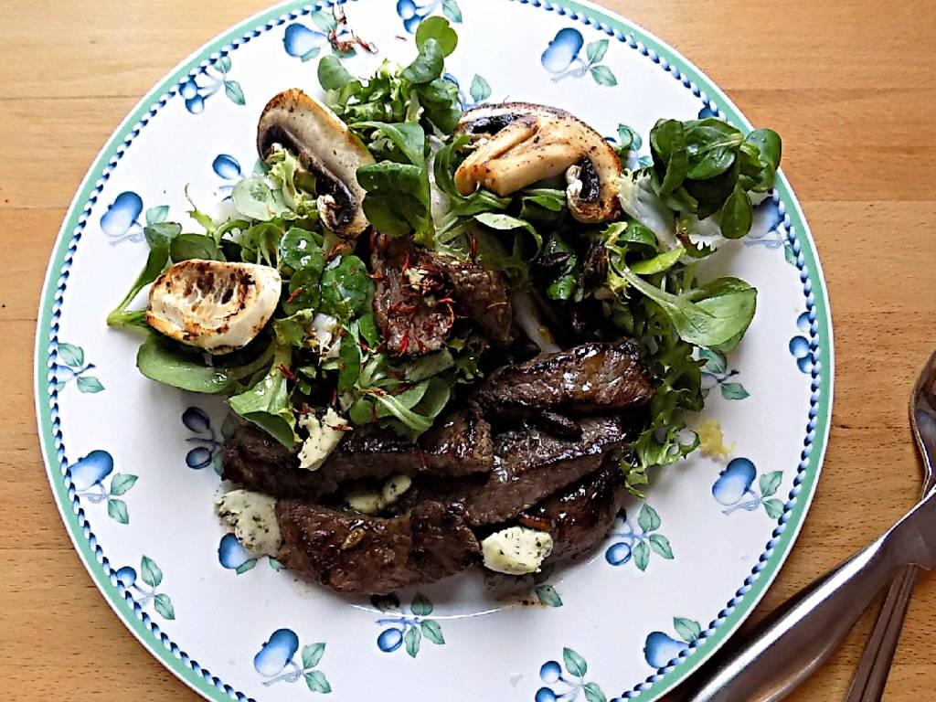 牛排蘑菇沙拉