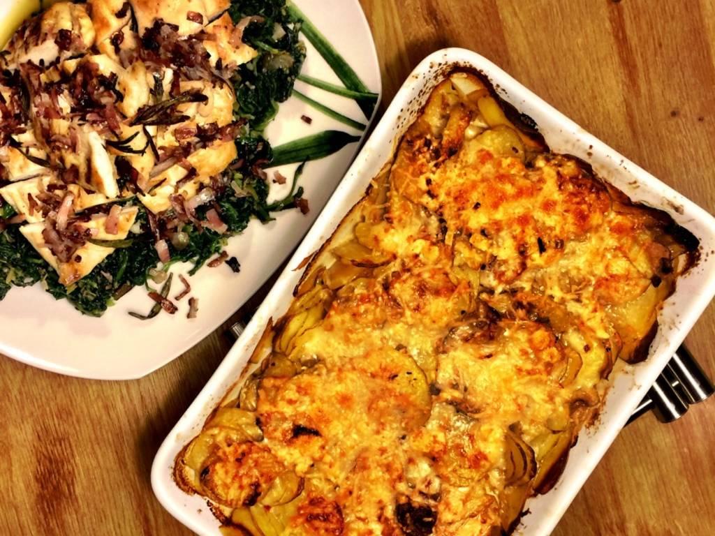 Hähnchenbrust mit Spinat und schnellem Kartoffelgratin