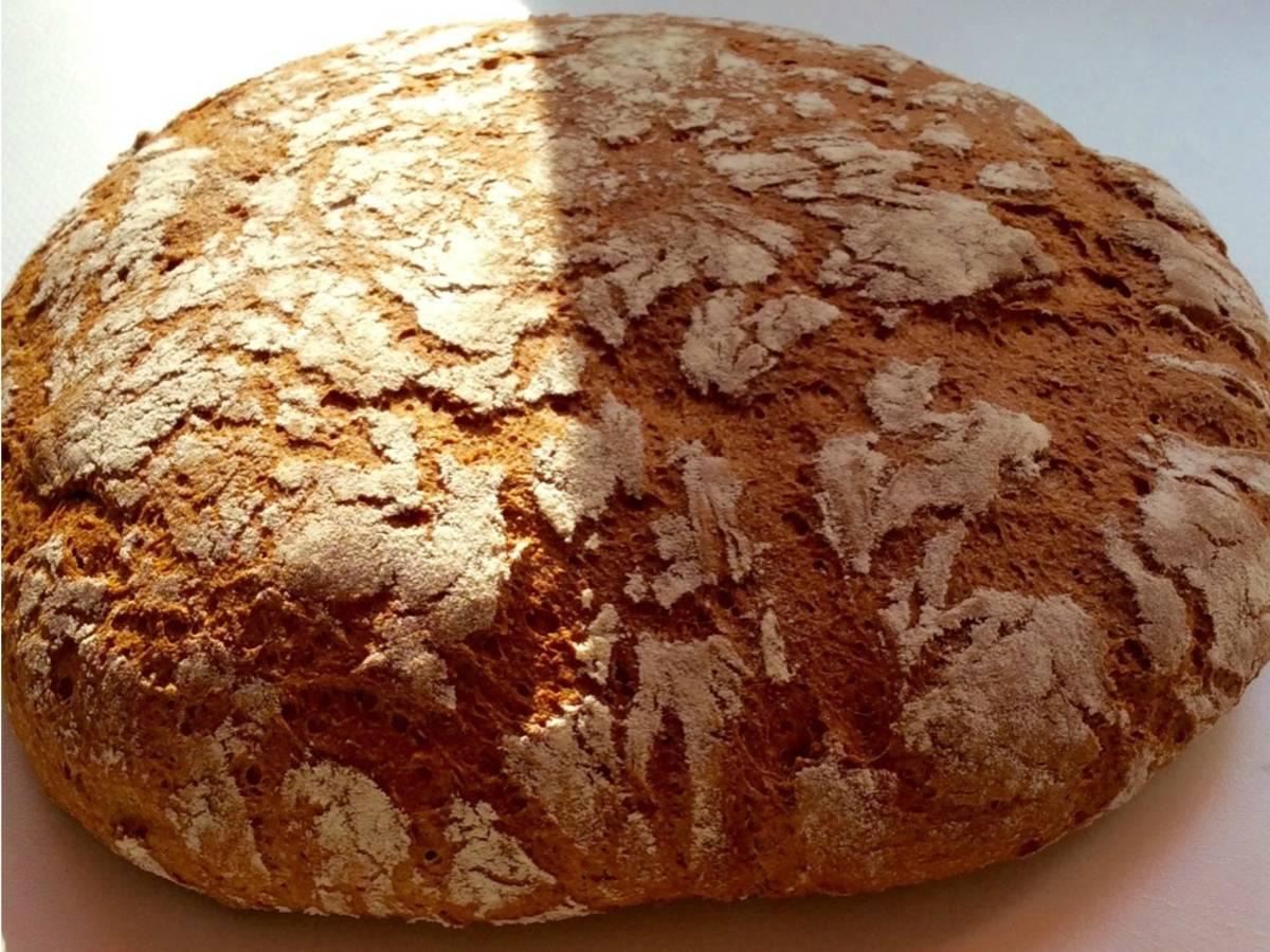 Rustic Mallorcan bread