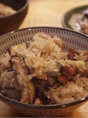 Rice-cooker chicken and shiitake mushroom sticky rice