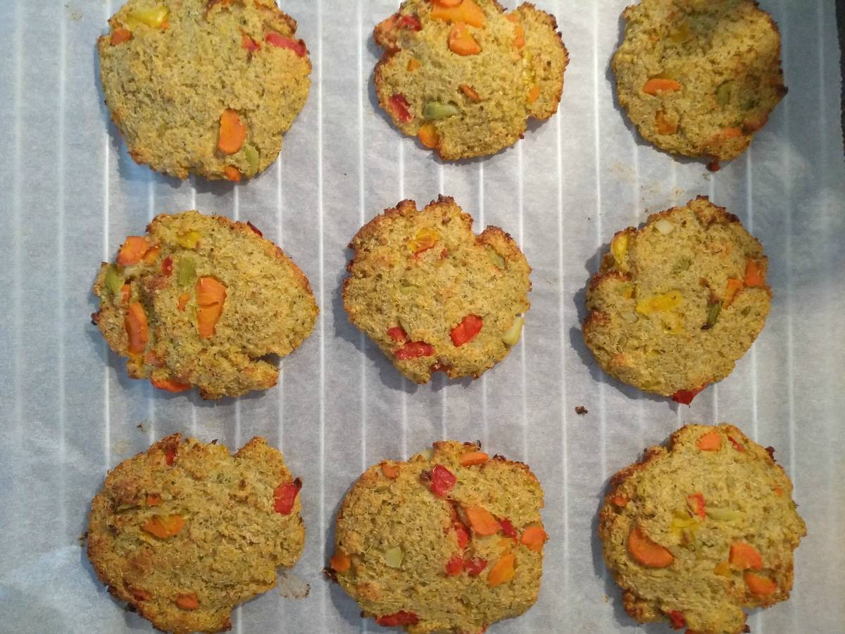 Baked vegetable and quinoa patties