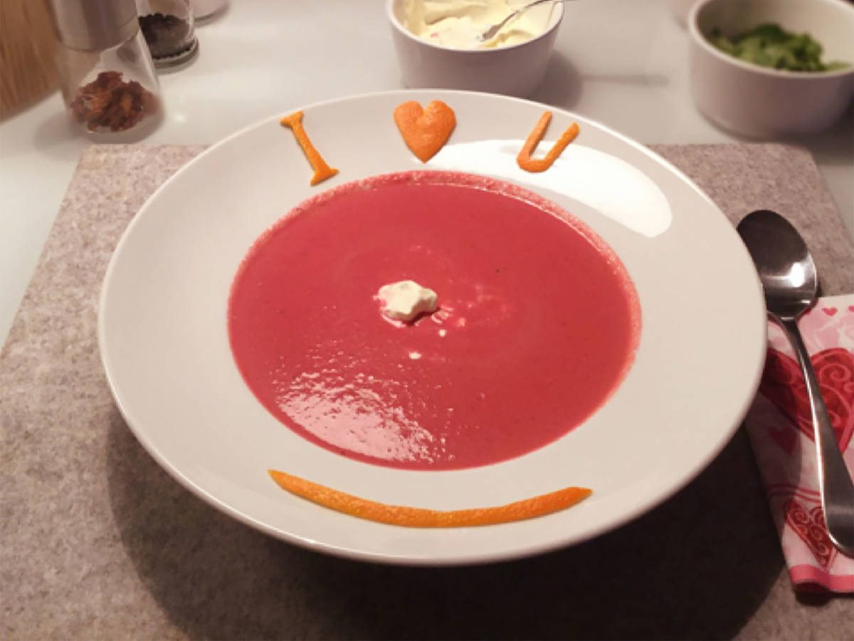 Red beet and orange soup