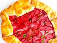 草莓格雷派饼
