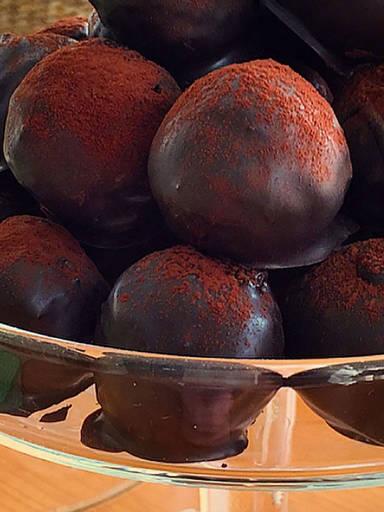 Tiramisu Cake Pops