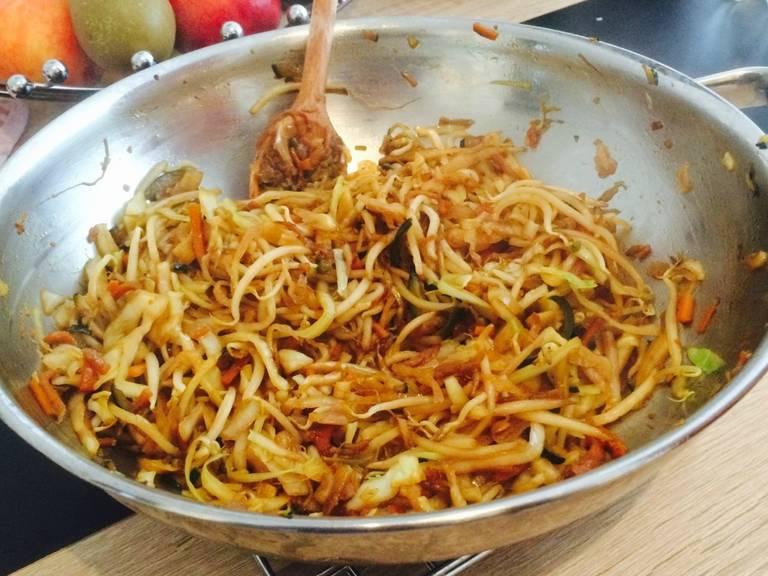 Simple egg noodle stir-fry