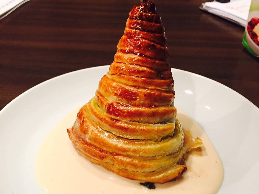 Red wine-poached pears in puff pastry