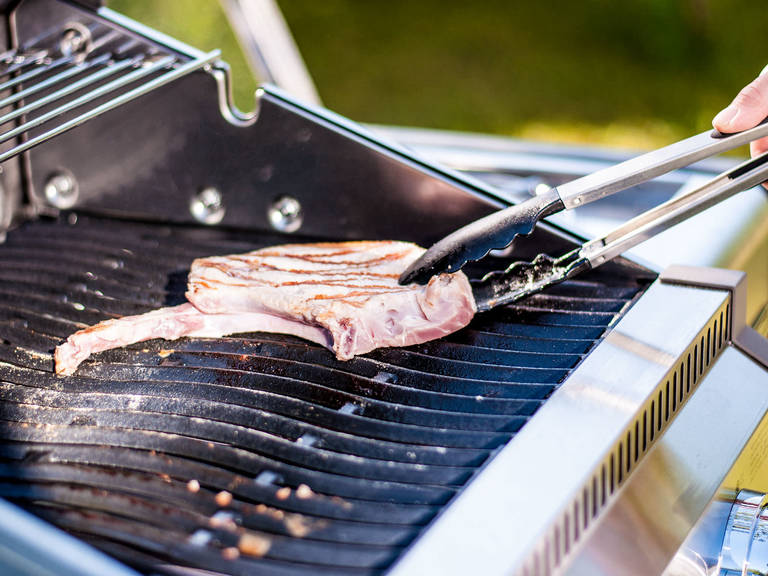 Sear pork chops for approx. 2 – 3 min. on each side on the hot grill.