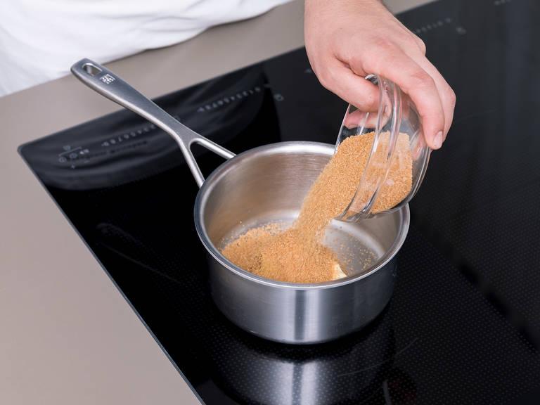 Für die Toffee-Schicht Butter, braunen Zucker und gesüßte Kondensmilch in einen Stieltopf über kleiner Hitze geben. Gelegentlich rühren, bis die Masse andickt und bernsteinfarben wird. Vom Herd nehmen und abkühlen lassen.