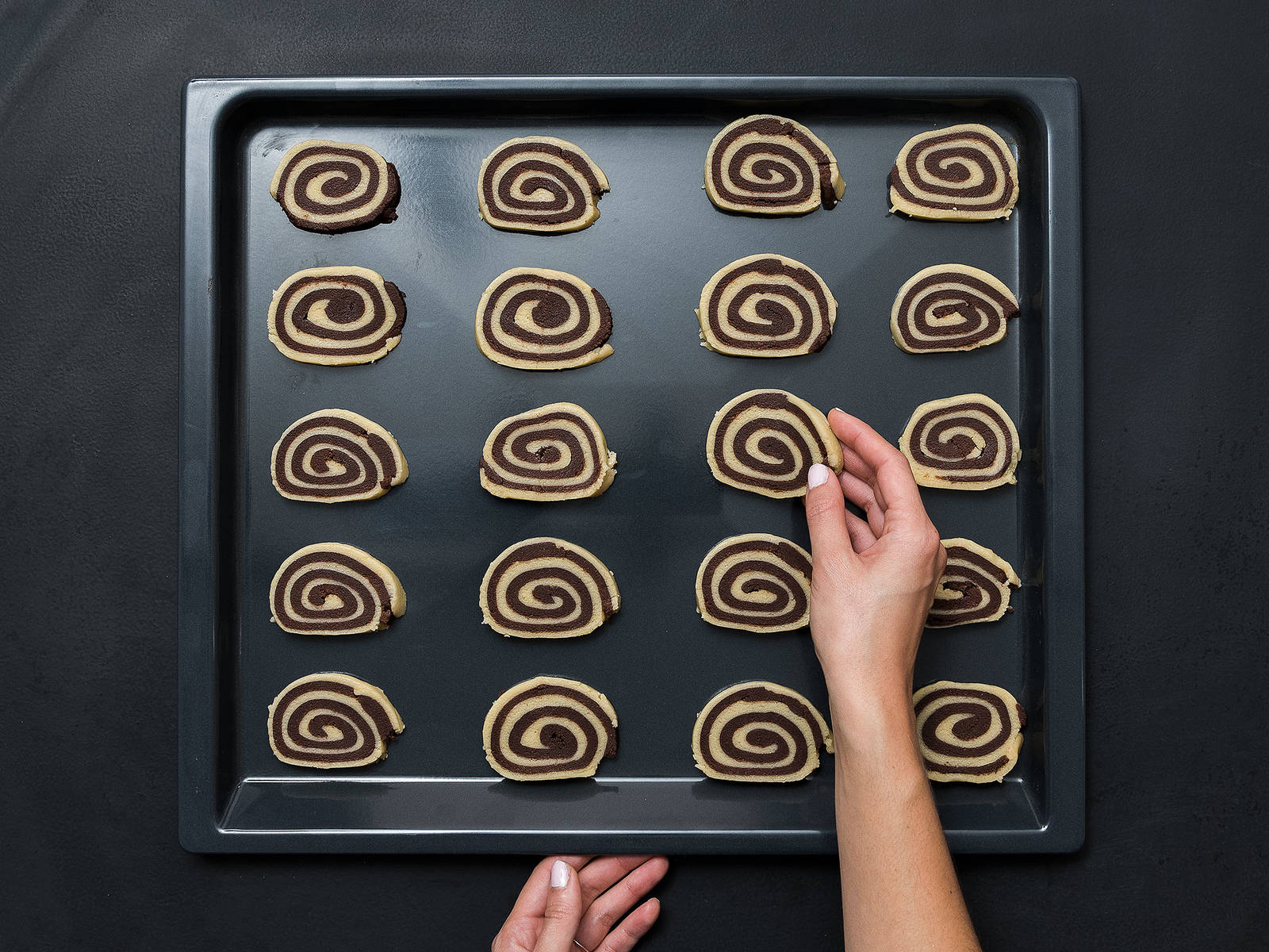 Pre-heat oven to 180°C/ 350°F. Remove dough from the freezer and cut into 1-cm/ 0.5 in. slices and transfer to a baking sheet lined with parchment paper. Place in the oven for approx. 12 – 15 min. Remove from the oven and set aside to cool slightly before transferring to a wire rack to cool completely. Enjoy!