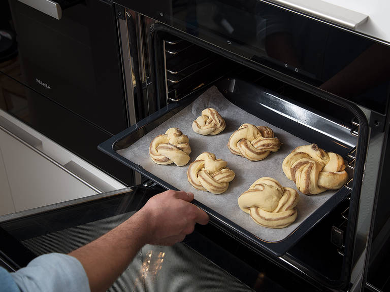 Place the chestnut brioche knots onto a parchment-lined baking sheet. Bake for approx. 20 min., or until crisp on the outside and golden brown. Enjoy!