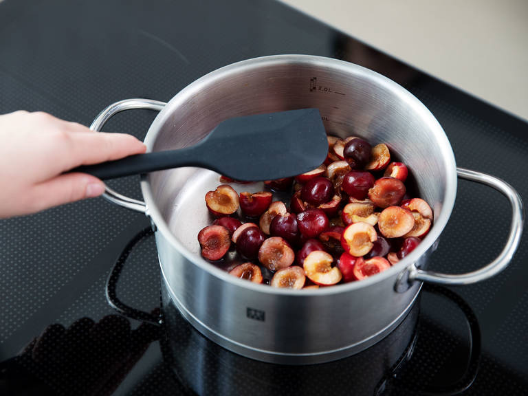 Add cherries and lemon juice to a pot and let simmer for approx. 5 min.