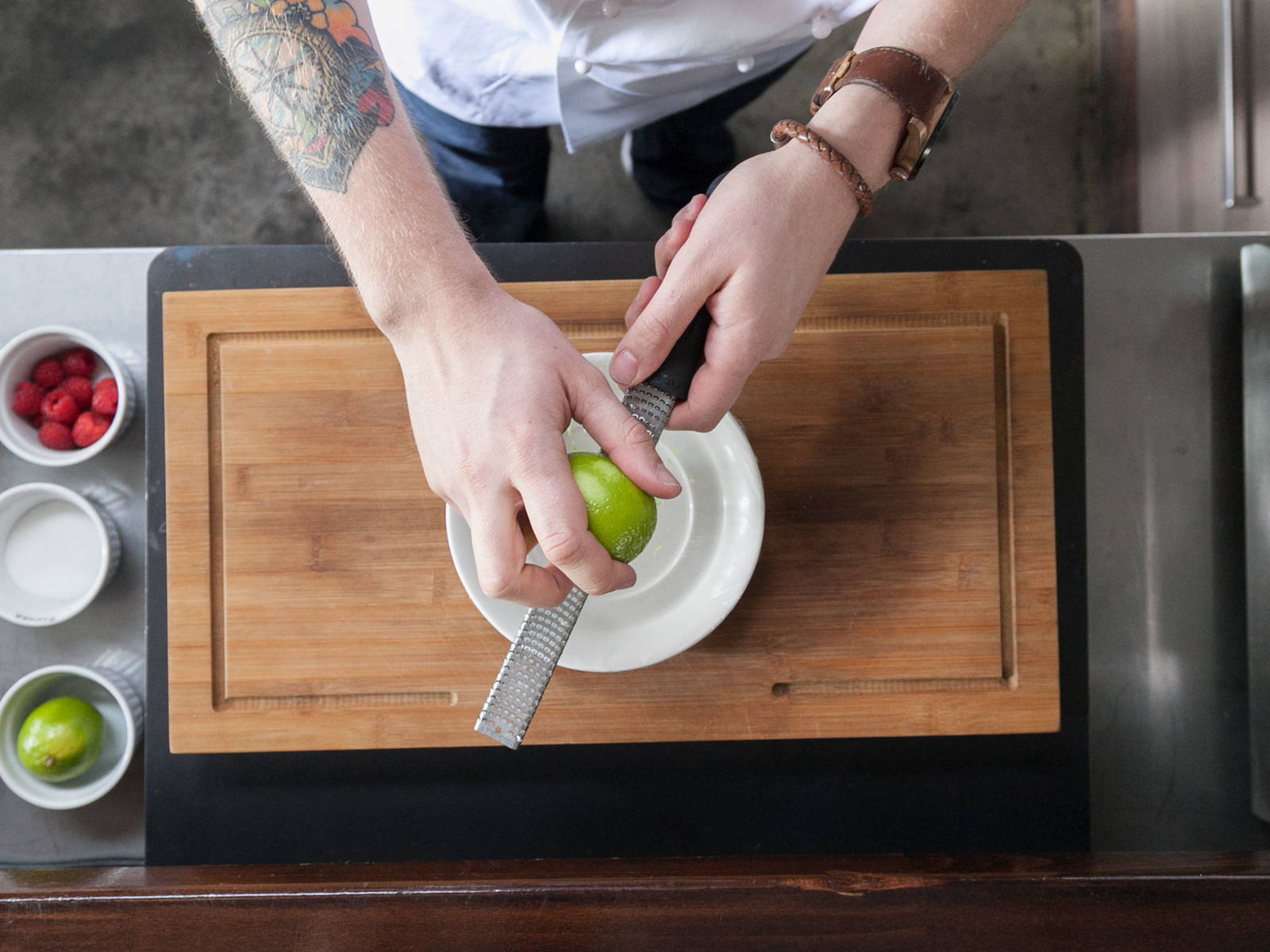 Grate lime peel. Cover a microwave-safe plate with plastic wrap and transfer lime peel on top. Microwave on high for approx. 10 – 15 sec. Set aside.