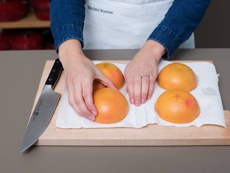 Preheat the broiler on high. Halve grapefruits. Trim 1.25-cm/0.5-inch from the bottom of each grapefruit half to stabilize it, if necessary. Score the segments to loosen for easier eating. Place the halves cut side-down on paper towel to dry for approx. 5 min.