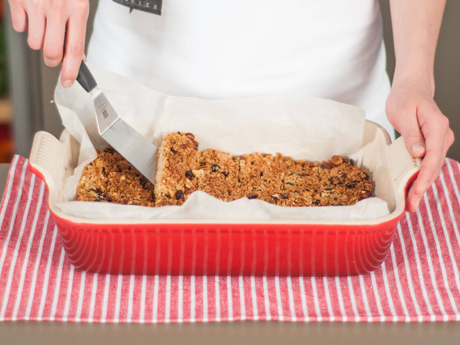 Cut baked oats into bars. Enjoy as a light snack!