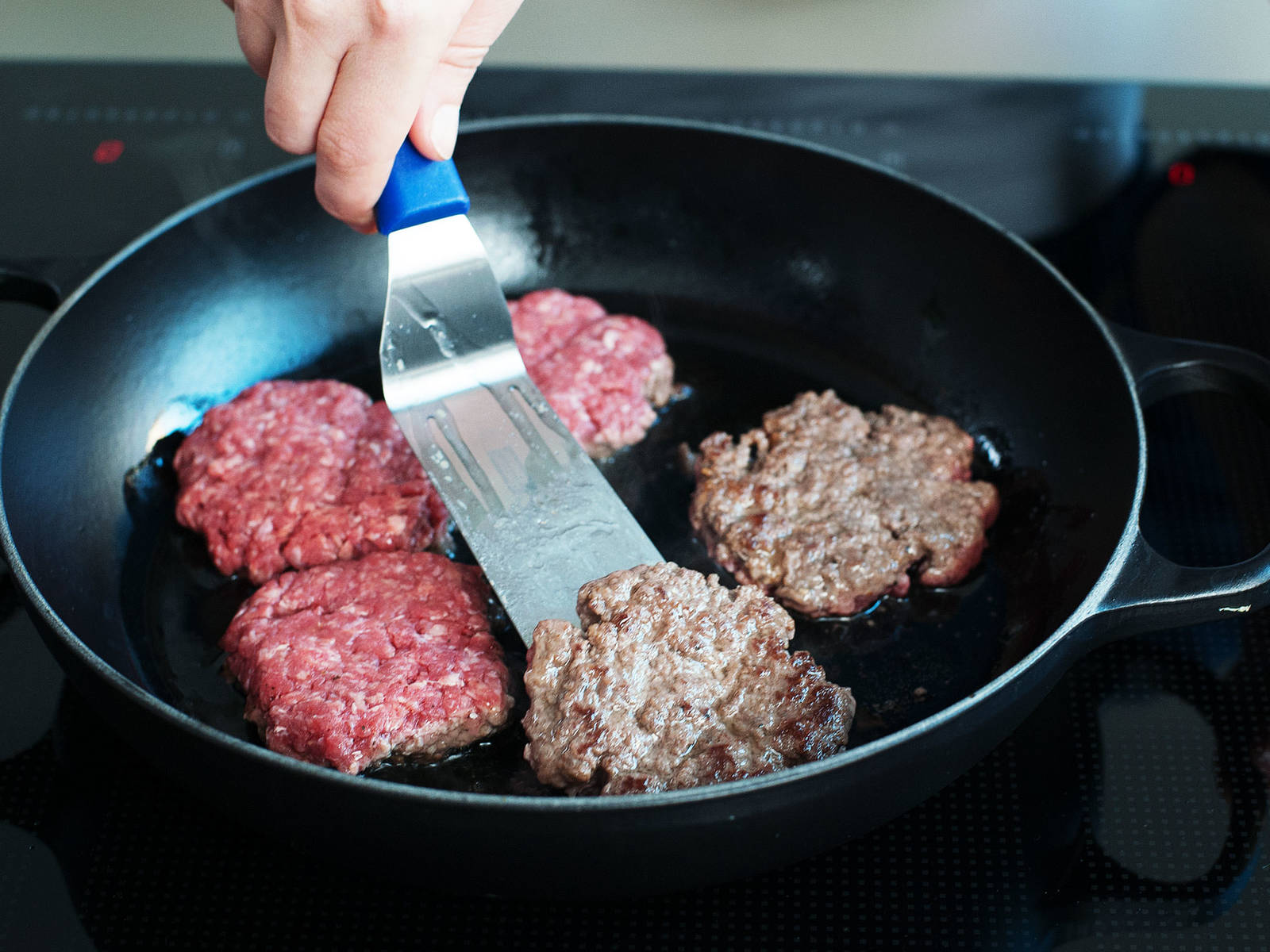 Form 6 equal-sized patties and cook in a frying pan greased with oil over medium-high heat for approx. 3 – 5 min., or until browned on each side and cooked through.