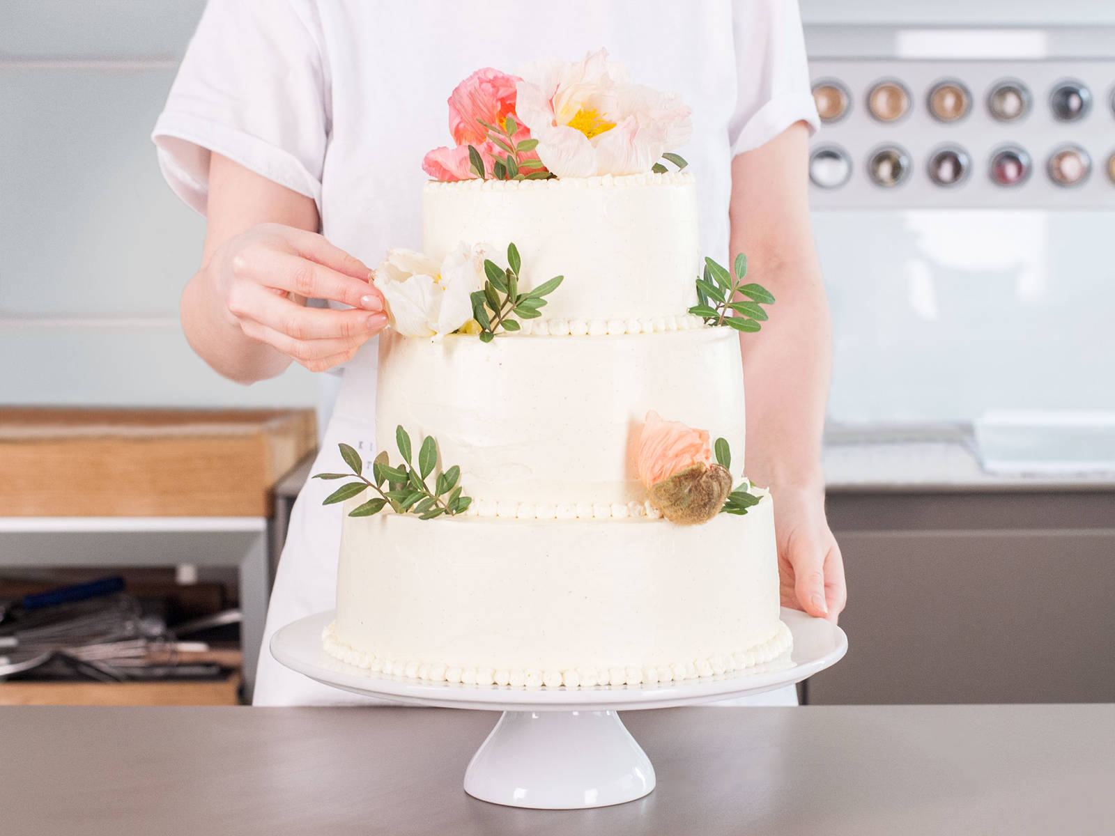 Wedding Cake Recipe Kitchen Stories - Pineapple Wedding Cake