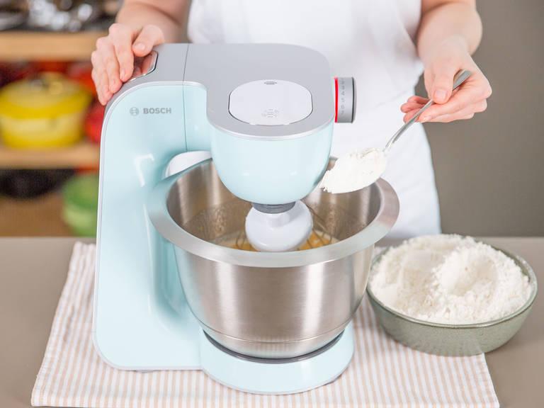 Smarties kuchen rezept kitchen stories - Eier kochen ohne anstechen ...