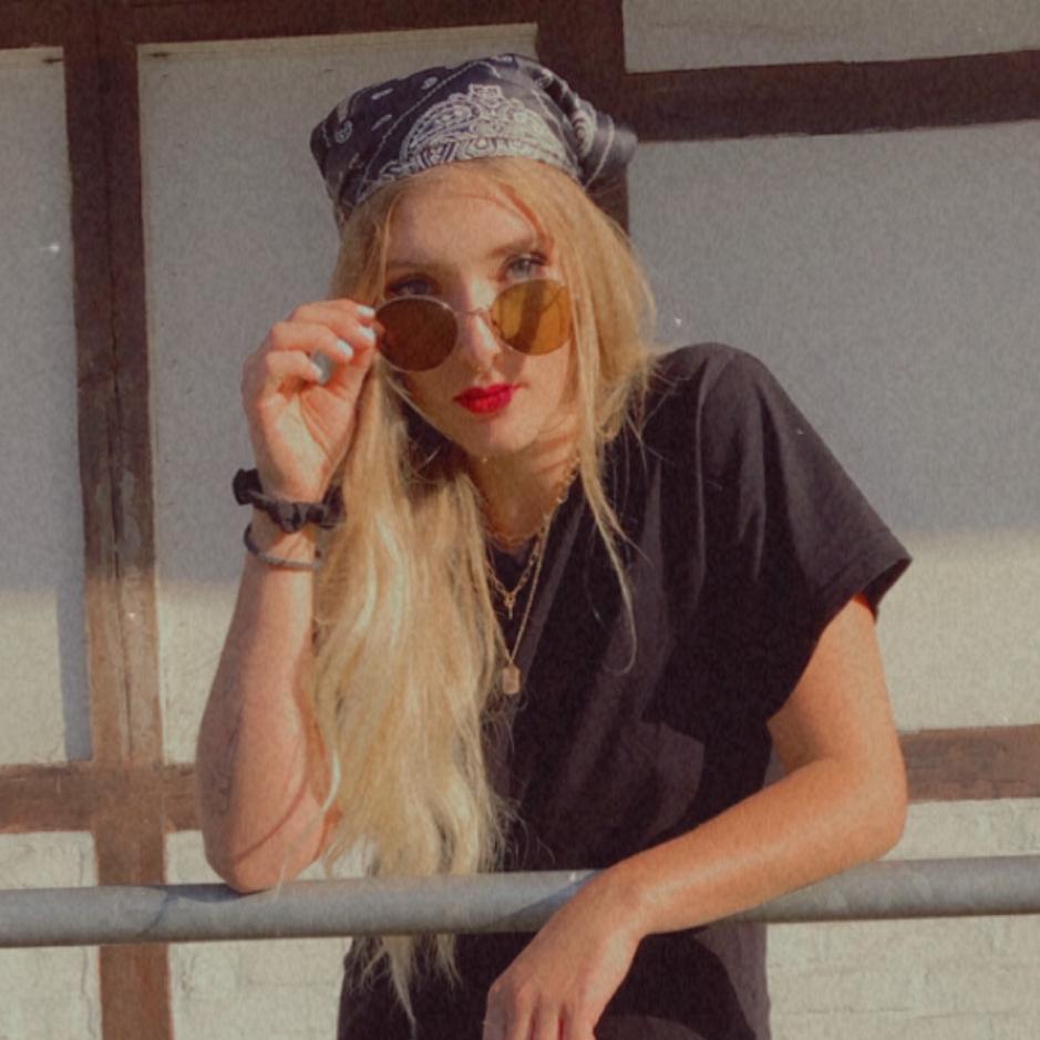 Image of Melissa Scheel
