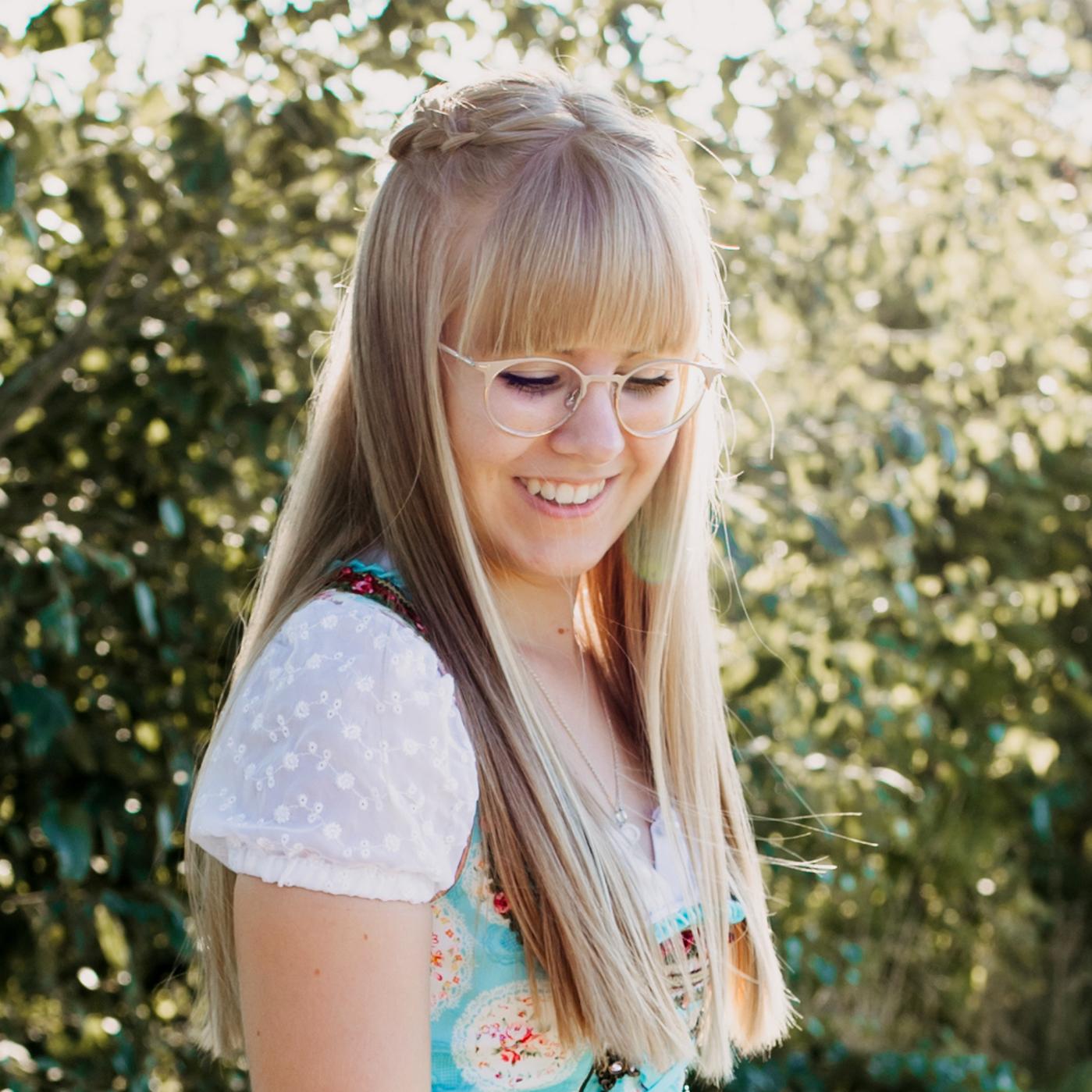 Image of nadine.xk