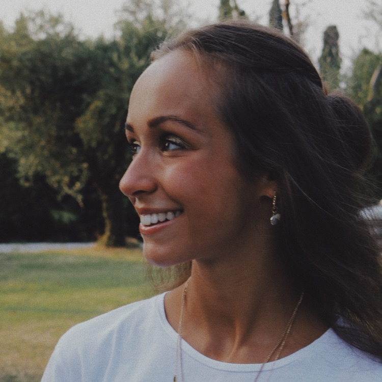 Image of Luisa