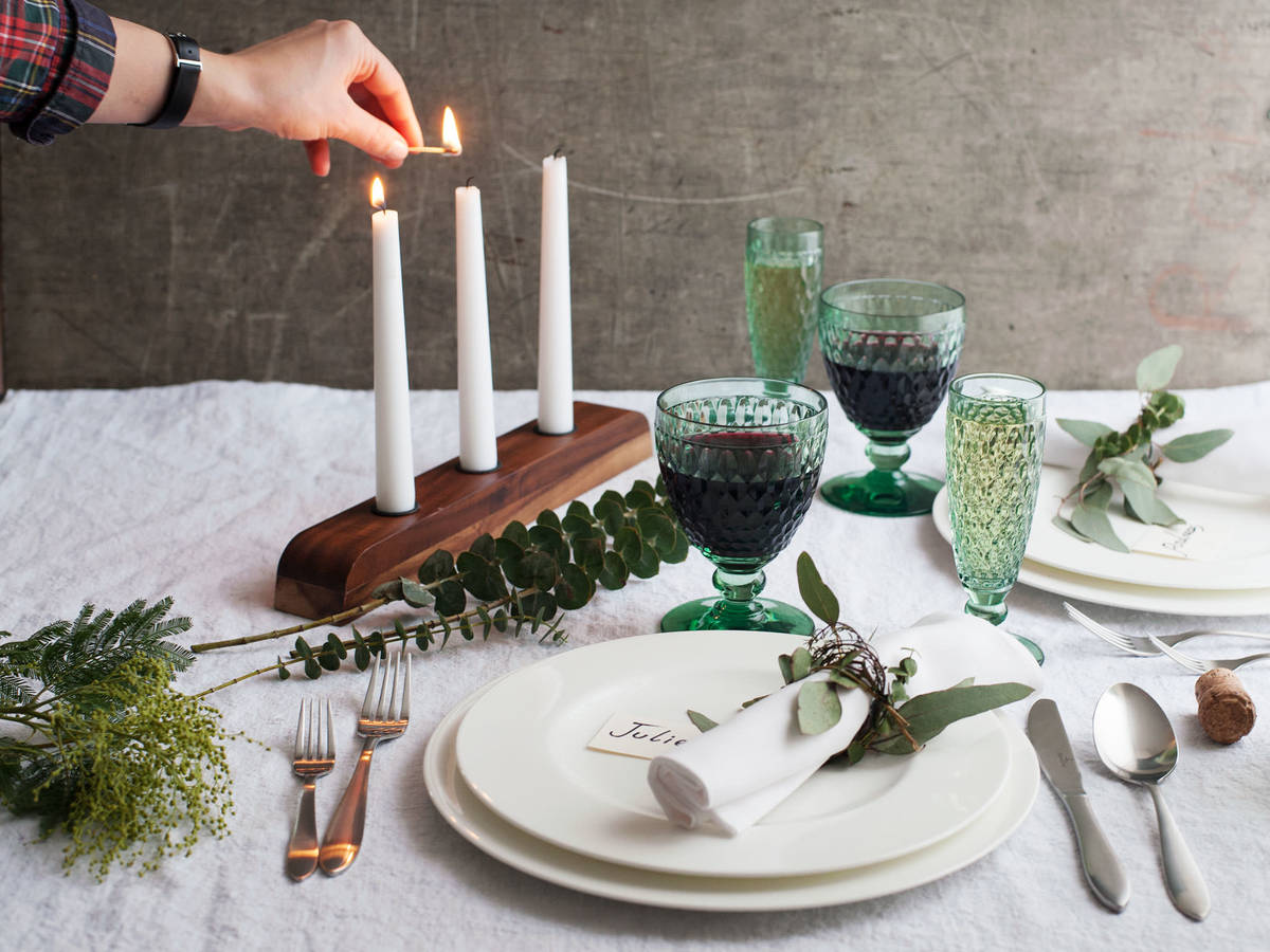 3 Merry Ways to Set a Holiday Table