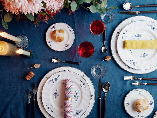 A Vibrant Holiday Table