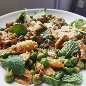 Spring pasta with peas and mint