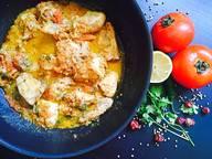 Pakistanisches Hähnchen-Curry (Peshawari Chicken Karahi)