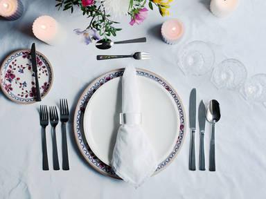 Eine Festtafel richtig decken - Die Servietten