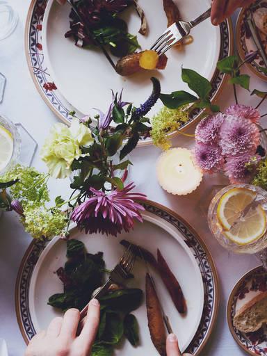 初学者教程:如何布置西式餐桌