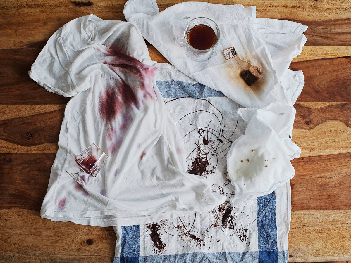 4 Remedies for Common Food Stains