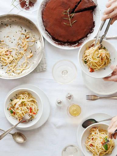 Ein Valentinstags-Dinner für dich und deine Freunde