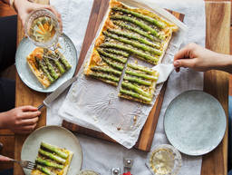 Simple and Sophisticated: Green Asparagus Tart