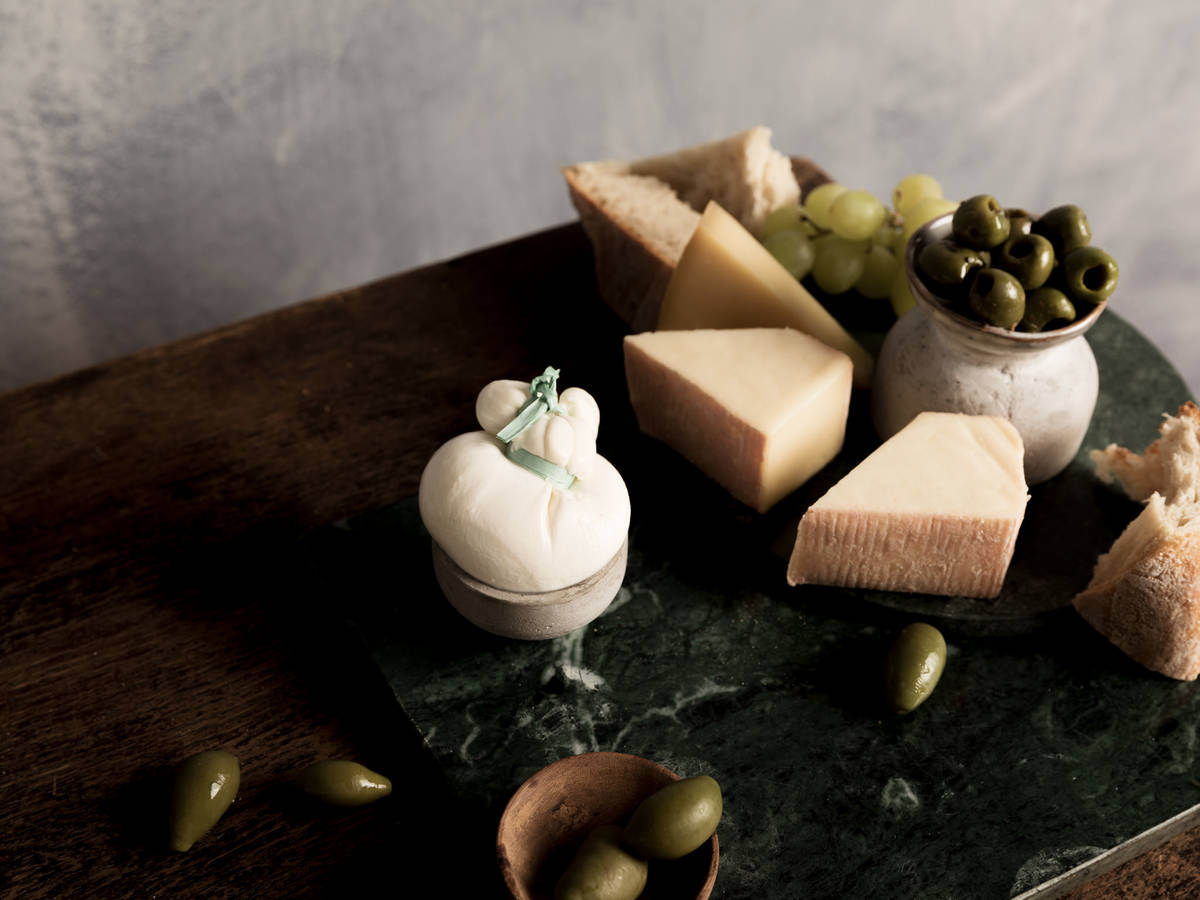 The Complete Guide to Italian Cheeses (and the 13 Kinds to Know)
