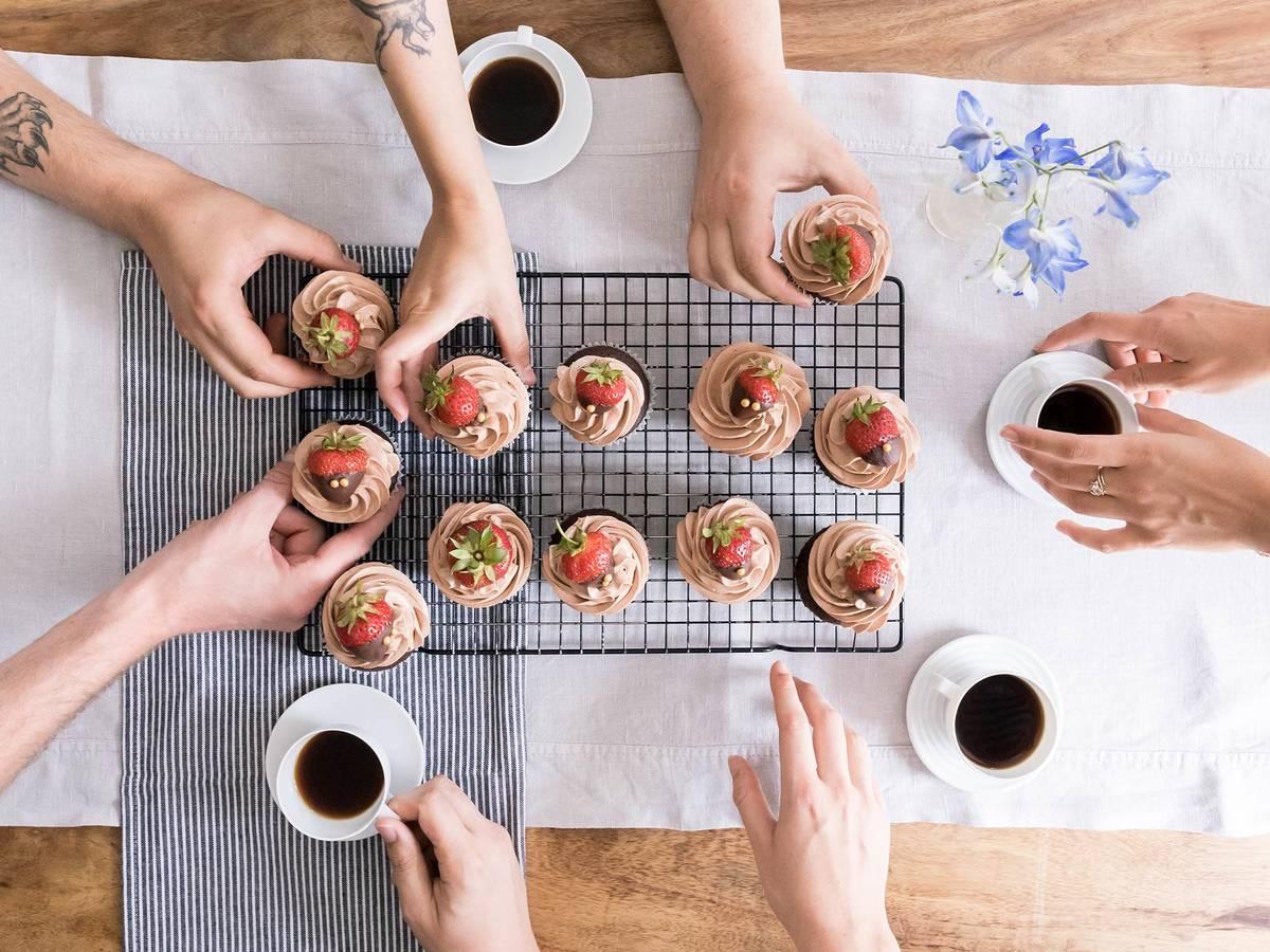 Fruchtig und schokoladig: Diese Cupcakes sind die perfekte süße Sünde