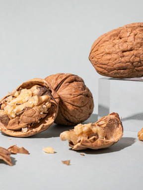 Everything You Need to Know About Preparing and Storing In Season Walnuts