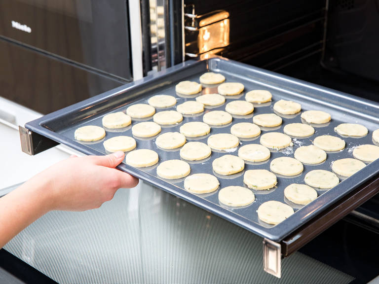 Bake at 180°C/355°F for approx. 10 min. or until the shortbread is golden brown. Serve warm or cold. Enjoy!