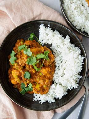 Cauliflower curry with panch phoron